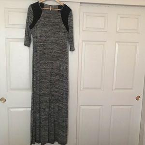 EUC Xhilaration Gray Marled Maxi Dress